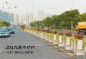 """上塘城区道路花箱隔离桩""""上岗"""""""